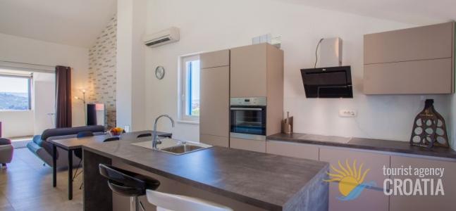 Apartment Grabar br.4_2/2+1/1+1pp